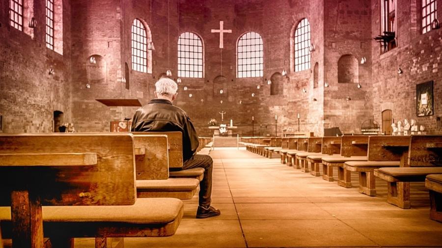 church-2464883_1280-min